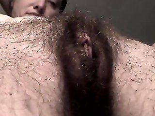 close-up, amateur, Hairy Pussy Pushin