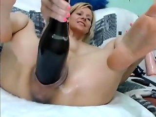 straight, amateur, Nutty woman fisting pussy with wine sauce a contain