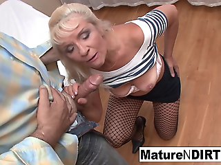 ass, mature, Old Blonde Loves Procurement Their way Pussy Fucked Hard - MatureNDirty