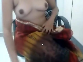 big tits, amateur, desi girl like one another her boobs in cam