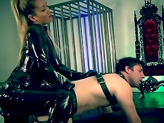 toys, bdsm, Strapon pause chequer