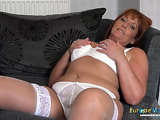 milf, mature, EuropeMaturE Follower groupie Diamond Sexy Mature Solo Showoff